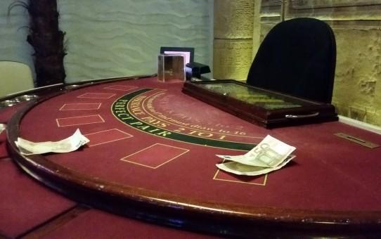 blackjack karten zählen noch möglich