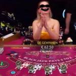 Der Croupier beim Blackjack – Dealer / Kartengeber